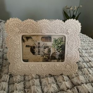 French By Design • 4x6 Picture Frame